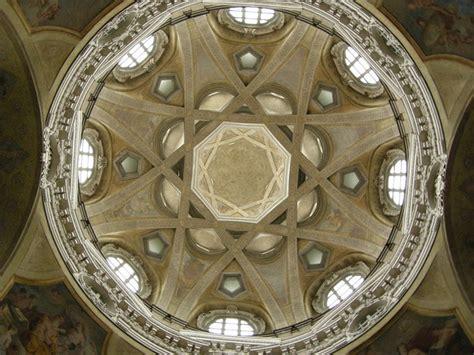 cupola di san lorenzo torino cupola e altare di guarino guarini di torino monumento