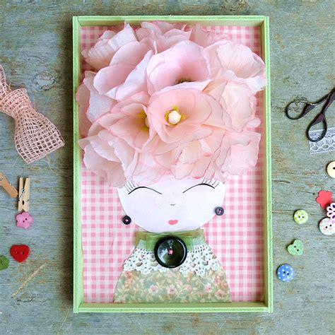 carta fiori quadro con volto e fiori di carta rosa la figurina shop