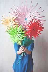 Blumen Basteln Kinder : die besten 25 blumen selber basteln ideen auf pinterest diy blumen basteln blumen geschenke ~ Frokenaadalensverden.com Haus und Dekorationen