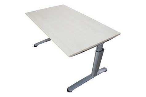 Gebrauchter Höhenverstellbarer Schreibtisch 140x80cm Ahorn