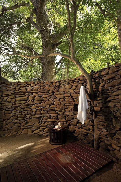 50 Amazing Outdoor Showers That Will Impress You (part 1