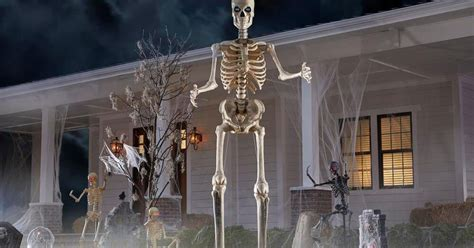 foot skeleton  home depot  hilariously perfect