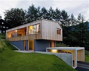Bauen Am Hang : die besten 25 schmales haus ideen auf pinterest moderne architektur moderne hausfassaden und ~ Markanthonyermac.com Haus und Dekorationen