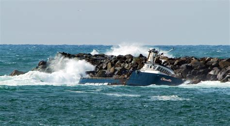 Boat Crash Into Pole by The Chevelle This Commercial Fishing Vessel Crashed Into