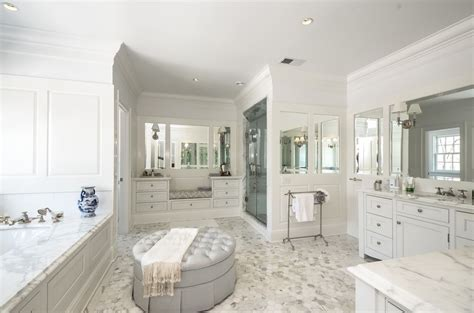 Closet To Closet Bath Maine by Gorgeous Master Bath Of Course En Suite With Big Walk In