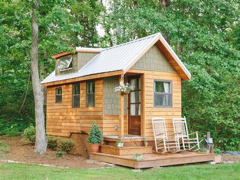 tiny living houses tiny house living for big rewards