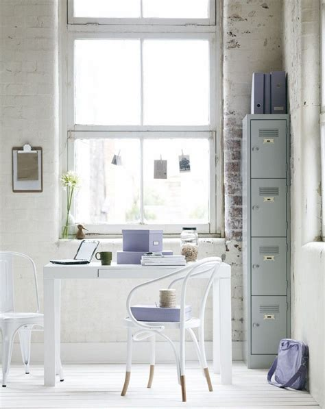 bureau romantique comment meubler et décorer un bureau scandinave blanc