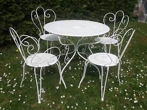 Table De Jardin Solde : table de jardin fer salon de jardin resine solde maisonjoffrois ~ Teatrodelosmanantiales.com Idées de Décoration