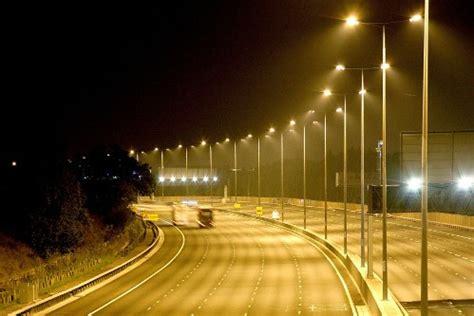 Виды уличных фонарей типы плафонов и ламп установка уличного освещения своими руками
