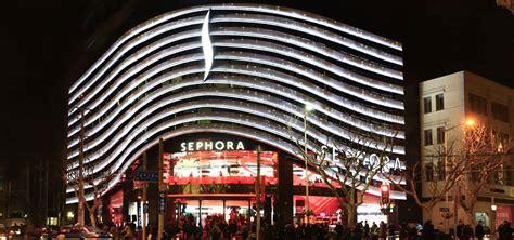 siege lvmh sephora cosmetics fragrances selective retailing lvmh