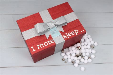 The 14 Cutest Christmas Eve Box Ideas Undermount Kitchen Sinks Stainless Steel Sink Details Under Bin Home Depot Cabinet Liner Best Way To Clean Farmhouse Copper Kohler Faucets