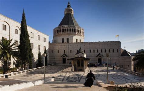 follow jesus  nazareth israel rough guides rough guides