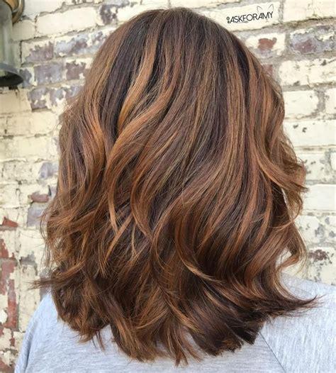 caramel haarfarbe mit blonden strähnen die besten 25 str 228 hnen caramel ideen auf karamell str 228 hnen haarfarben
