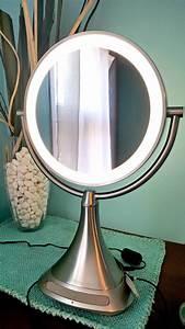 Miroir Avec Lumiere Pour Coiffeuse : miroir grossissant avec lumiere integree id es de d coration int rieure french decor ~ Teatrodelosmanantiales.com Idées de Décoration