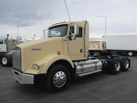 kenworth t800 trucks for sale 2012 kenworth t800 day cab semi truck for sale 279 000