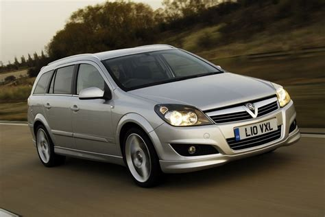 vauxhall astra vauxhall astra h estate 2004 car review honest john