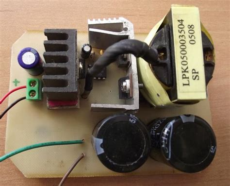 Мой генератор высокого напряжения из инвертора ccfl лампы . мои увлекательные и опасные эксперименты