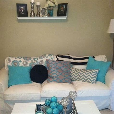 Grey And Turquoise Living Room by Turquoise White And Gray Living Room Living Room