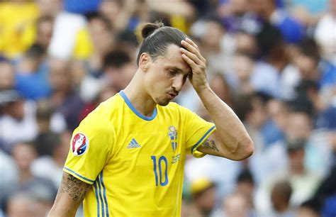 Zlatan Ibrahimovic Retiring From International Football