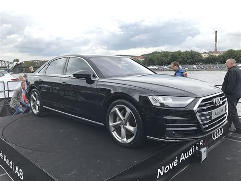 2013 Audi A8 Reviews And Rating