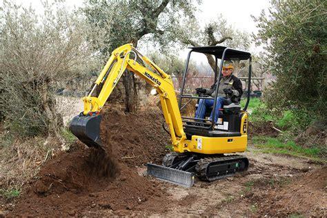 komatsu pcr  mini excavator photo   marubeni komatsu