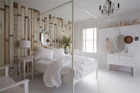 revestimiento original  las paredes del dormitorio