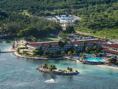 Montego Bay Hotel and Resort - Holiday Inn All-Inclusive ...