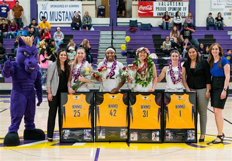 western  mexico mustangs womens basketball