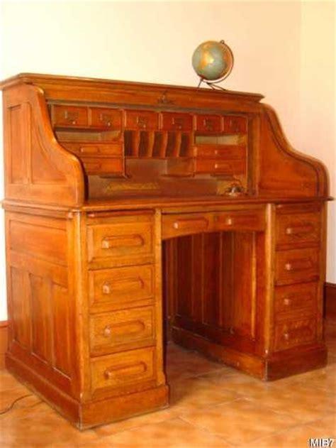 bureau mobilier de bureau américain à cylindre vers 1930