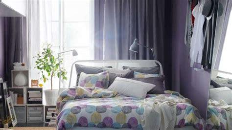 chambre gris et violet conseil décoration chambre gris et violet