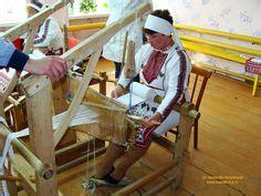 foot pedal weaving images weaving loom loom