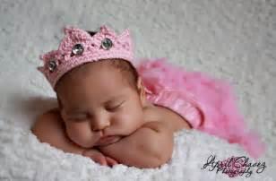 Princess Newborn Crown Crochet Pattern