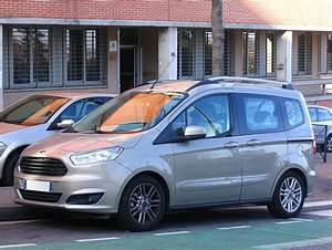 Ford Tourneo Courier Avis : ford transit courier wikipedia ~ Melissatoandfro.com Idées de Décoration