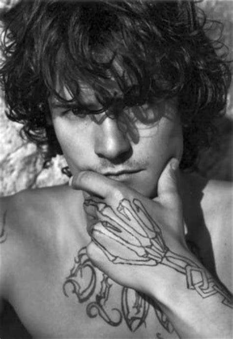 ORLANDO BLOOM TATTOO PICS PHOTOS PICTURES OF HIS TATTOOS