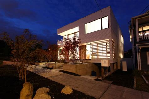 White Cube House Design by Workshop Architecture