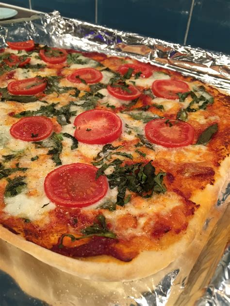 easy yet delicious dinner recipes simple yet delicious margarita pizza susty meals the sustainable and money saving way to eat