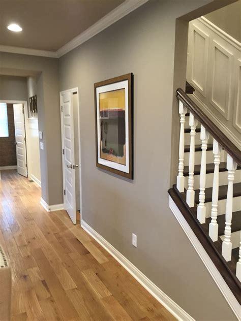 sw tony taupe ceiling in sw brilliant beige build flip