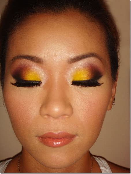 beauty tips  ministers yellow eyeshadowbold eyeshadow