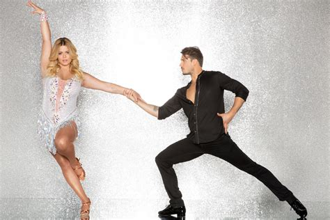 Who is Sasha Pieterse on Dancing With the Stars? Get to ...