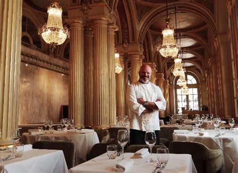 cuisine de philippe etchebest bordeaux philippe etchebest ouvre restaurant mardi au grand théâtre sudouest fr