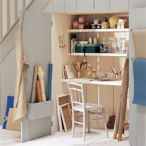 bureau sous escalier un bureau sous l escalier