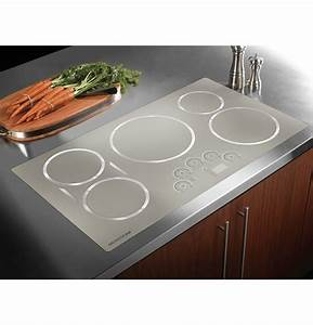 """Induction Cooktop White ZHU36RSJSS Monogram 36"""" Induction"""
