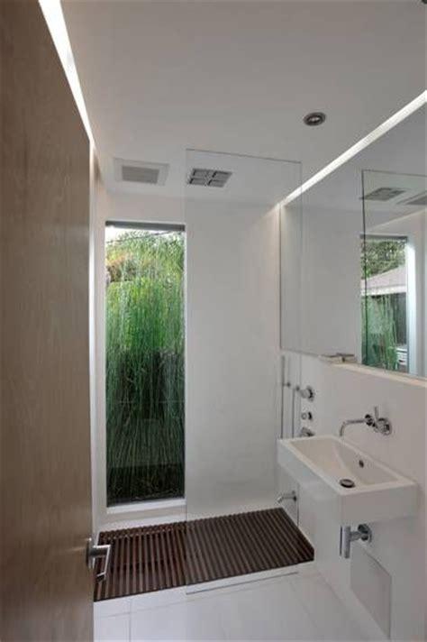looooove  full length window   bathroom