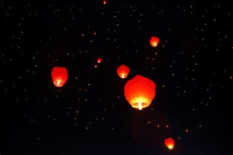 state officials to banning quot sky lanterns quot south carolina radio network