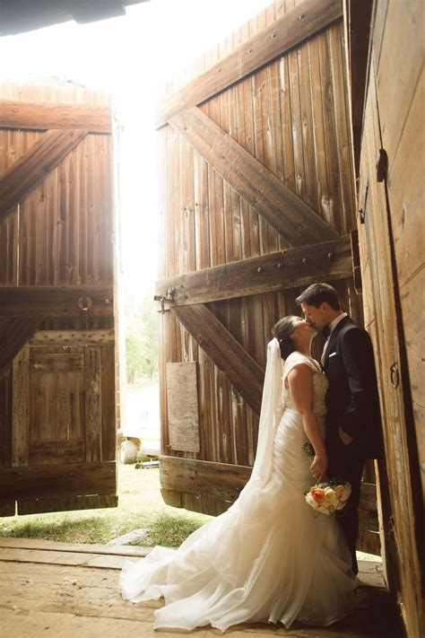 25 Best Ideas About Farm Wedding Photos On Pinterest