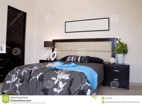 chambre noir gris salle de bain turquoise gris
