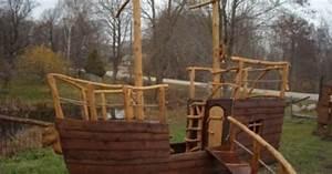 Holzhaus Kinder Garten : piratenschiff holzhaus kinderspielhaus gartenhaus spielhaus holz l l e pinterest ~ Whattoseeinmadrid.com Haus und Dekorationen