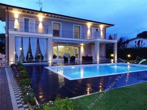 in affitto forte dei marmi villa quality house lusso villa singola in vendita a