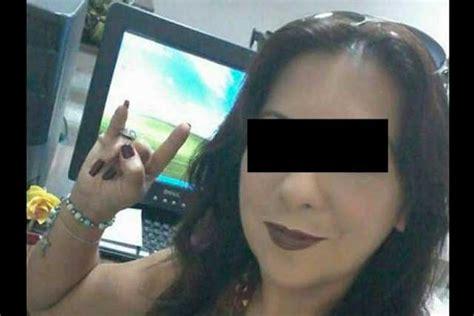 ladychacal acusan  maestra de tener sexo  alumnos