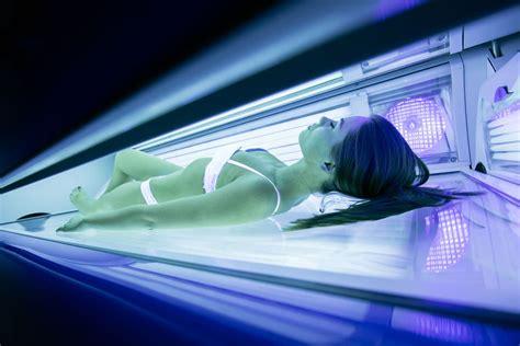docce solari fanno abbronzatura artificiale rischi e consigli per l uso di